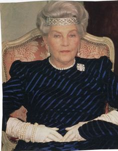 Isabelle, Countess f Paris, wearing a diamond tiara bracelet combination across her forehead