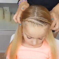 Girl hairstyles 634444666244562186 - Hair Tutorial😍😍💕 By: Source by Creativeideasandtutorials Cute Little Girl Hairstyles, Baby Girl Hairstyles, School Hairstyles, Prom Hairstyles, Hairstyles For Children, Braided Hairstyles For Kids, Easy Toddler Hairstyles, Ballet Hairstyles, Princess Hairstyles