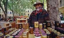 2-3 October, Fête du Miel (Honey Festival), Roquebrune-sur-Argens,FR