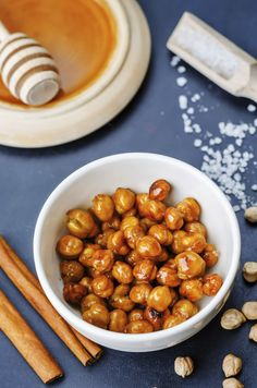 Sweet Roasted Chickpeas - Blue Zones Blue Zones Recipes, Zone Recipes, Diet Recipes, Whole Food Recipes, Dog Food Recipes, Cooking Recipes, Healthy Recipes, Healthy Drinks, Healthy Meals