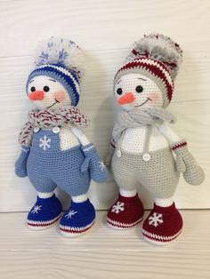 Amigurumi Snowman pattern with Christmas tree Pretty Animal Crochet Amigurumi Patterns for This Year 2019 Part animal amigurumi free pattern;The most healthy amigurumi knitting toy for your child can do it yourself in the cheapest way at ho Crochet Dolls Free Patterns, Christmas Crochet Patterns, Holiday Crochet, Christmas Knitting, Crochet Snowman, Crochet Patterns Amigurumi, Crochet Decoration, Handmade Christmas Decorations, Christmas Toys