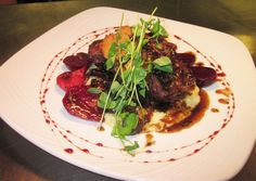 Buffalo is increasingly popular as a low-fat source of protein. This sophisticated recipe from the elegant Marcus Whitman Hotel pairs it with roasted baby beets, grits and wild mushroom and short rib ragout. Wild Game Recipes, Beef Recipes, Wild Mushrooms, Stuffed Mushrooms, Marcus Whitman, Fun Food, Good Food, Beef Meals, Crater Lake