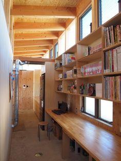 埼玉県熊谷市・芝屋根住宅-2|BEAT HOUSEの部屋 趣味のワークスペース