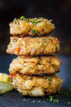 Homemade Crab Cakes, Crab Cake Recipes, Fish Recipes, Seafood Recipes, Recipies, Crab Appetizer, Seafood Appetizers, Seafood Dishes, Kitchen Recipes