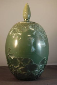 Porcelain Crystaline Glaze covered urn by Herbert Sanders Glazed Pottery, Glazes For Pottery, Pottery Ideas, Pottery Art, Ceramic Sculptures, Ceramic Flowers, Jar Lids, Urn, Casseroles