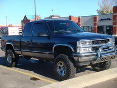 Another 1998 Chevrolet Silverado 1500 Regular Cab post. Peterbilt Trucks, Cool Trucks, Pickup Trucks, Truck Tailgate, Truck Camping, Cool Truck Accessories, Chevrolet Silverado 1500, Chevy S10, Lifted Chevy