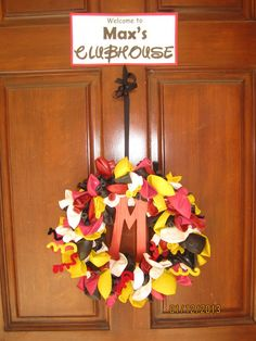 Welcome wreath at a Mickey Mouse Party #mickeymouseparty #wreath