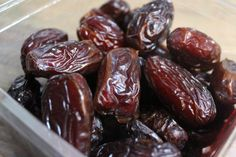 How to make a date paste with Medjool Dates