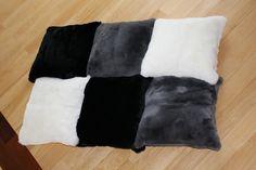 Poduszki z naturalnych futer. Real fur pillows.