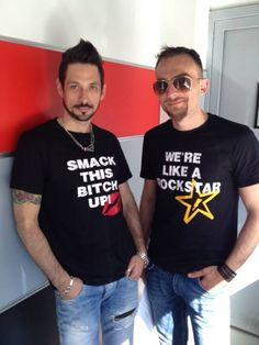 DeeJay di M2O indossano le mie t-shirt! #radiom2o #dinobrown #albertoremondini #dj #tshirt #tee #saettastyle #abbigliamento