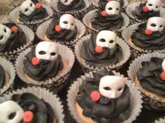 Phantom of the Opera cupcakes