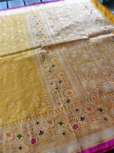Check out this traditional Banarasi saree in pure katan handloom silk jaal saree from Khinkhwab. A classic Banarasi saree which is always in fashion. Silk Saree Banarasi, Pure Silk Sarees, Brocade Saree, Saree Draping Styles, Saree Styles, Bridal Silk Saree, Saree Wedding, Wedding Dress, Katan Saree