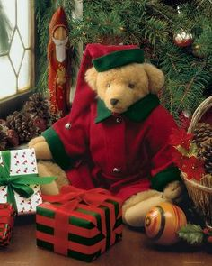 Merry Beary Christmas, a 500 piece jigsaw puzzle by Springbok Puzzles.