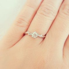 52 simple engagement rings for girls who love the classic style 2019 . - 52 simple engagement rings for girls who love the classic style 2019 9 Wedding Rings Simple, Gold Wedding Rings, Unique Rings, Wedding Bands, Simple Rings, Bridal Rings, Trendy Wedding, Simple Promise Rings, Simple Diamond Ring