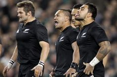 All Blacks Become National Heroes - theAlphaBrain Rugby Union Teams, All Blacks Rugby Team, Nz All Blacks, Rugby Sport, Rugby Men, Sport Man, Rugby League, Rugby Players, Vive Le Sport
