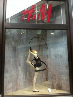 This #windowdisplay says it all - #fashion is rhythmic gymnastics for the eyes... 'The Ribbon' (pinned by Ton van der Veer)