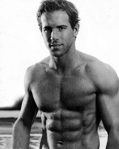 Actor Ryan Reynolds with an inspiring torso, not too much muscle, but enough to be impressive :-)