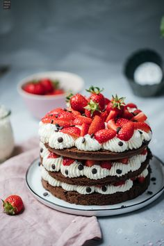 I've acquired extremely dear pals who Never Imagine they have to Possess a vanilla cake recipe of their own individual they possibly obtain their cakes. Dump Cake Recipes, Fudge Recipes, Chocolate Recipes, Dessert Recipes, Desserts, Chocolate Cakes, Zucchini Keto Recipe, Microwave Fudge, Coconut Pudding
