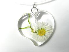 Herzanhänger - Transparentkette mit fliegendem Herz,40cm - ein Designerstück von Luflom bei DaWanda