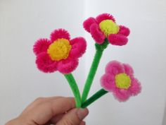 How to make a little pipe cleaner flower #3