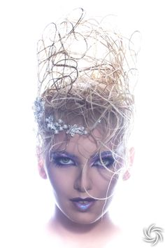 Model : Madalina Bunea, Makeup&Hair : Iulian Iultonnik, Photo/Retouch : Daniel Puscau