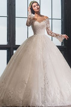 Robe de mariage 2017 Long Sleeves Ball Gown Wedding Dress Sexy V Neck Off the Shoulder See Through Wedding Gown Vestido de noiva Wedding Dresses 2018, Wedding Dress Trends, Bridal Dresses, Gown Wedding, Lace Wedding, Sweetheart Wedding Dress, Wedding Dress Sleeves, Instagram, Ball Gown