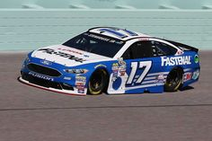 Ford EcoBoost 400 November 2016 Ricky Stenhouse Jr. will start 18th in the No. 17 Roush Fenway Racing Ford. Crew Chief: Nick Sandler Spotter: Mike Herman Jr.