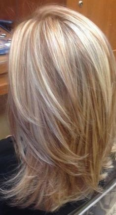 57 Trendy Hair Color Highlights And Lowlights Short Cuts Colour Hair Color Highlights, Blonde Color, Red Blonde, Light Blonde, Medium Hair Styles, Short Hair Styles, Blonde Hair Looks, Blonde Layered Hair, Short Hair With Layers