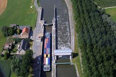 Distribouw  bouwmaterialen via het water