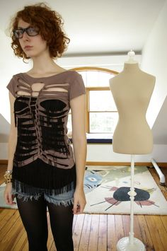 Cut out rib cage tee.