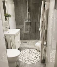 Best small bathroom remodel ideas on a budget (4) #remodelingabathroom  #bathroomremodeling
