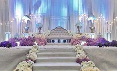 Wedding Zati | dewan IPK Shah Alam #malaywedding#pelamin#pelaminsanding#pelamindewan#pelaminkahwin#pesonapengantin#inspirasiperkahwinan#embunklasikbridalboutique#200817 Reception Stage Decor, Wedding Reception Design, Wedding Reception Backdrop, Wedding Entrance, Wedding Stage Decorations, Wedding Ceremony, Wedding Venues, Purple Wedding, Dream Wedding