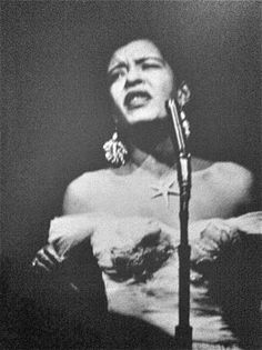 hollyhocksandtulips: Billie Holiday