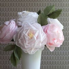 Make these tissue roses for any summer event. Tutorial and pattern.