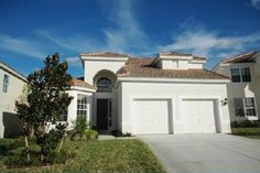 House in Kissimmee, United States. WINDSOR HILLS RESORT 5 Bedrooms - 5 Bathrooms Private Pool & Spa Garage Gameroom  All masters located on the ground floor of this home (2 Kings, 1 Queen) and the twin rooms located upstairs. Cable TV in the game room, along with pool table and Wii...