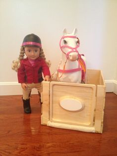 DIY toy horse stable made from a wooden crate from Michael's. Toy Horse Stable, Horse Stables, Ag Dolls, Girl Dolls, American Girl Doll Horse, Ag Doll House, Barbie Horse, Crate Crafts, America Girl