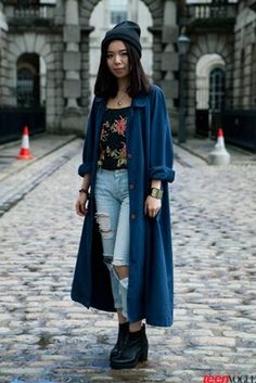 Standout Street Style Straight from London Fashion Week   TeenVogue.com