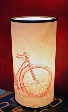 Bicycle lamp! I want this...
