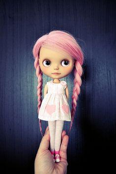 pinkyy doll