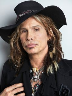 """Steven Tyler se disfraza de mujer para una audición de """"American Idol"""""""
