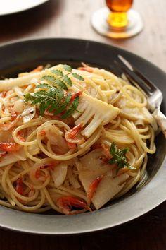 たけのこと桜えびの山椒風味のスパゲッティ Spaghetti, Pasta, Ethnic Recipes, Foods, Food Food, Food Items, Noodles, Noodle, Pasta Dishes