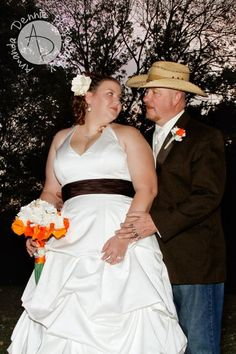 www.facebook.com/PaperFlowersBySimona Paper Flowers, Real Weddings, Bouquets, Bride, Facebook, Wedding Bride, Bouquet, Bridal, Bouquet Of Flowers