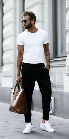 Minimalistischer Streetstyle in Perfektion! Ein Männeroutfit, welches aber trotzdem im Business getragen werden kann. Spannend und toll für den Frühling und Sommer