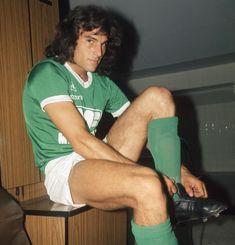 OSVALDO PIAZZA 1972-1979 SAINT ETIENNE St Etienne, World Football, Saints, Mens Tops, T Shirt, Legends, Stars, Soccer Players, Historical Photos