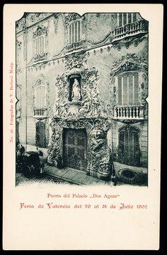 """Puerta del Palacio """"Dos Aguas"""". Fotografías de V. Barberá Masip, 1902"""