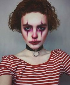 20 Halloween clown makeup ideas for girls and women 2018 - . - 20 Halloween clown makeup ideas for girls and women 2018 - Scary Clown Halloween Costume, Maquillage Halloween Clown, Visage Halloween, Cute Halloween Makeup, Scary Clowns, Halloween Looks, Scary Clown Makeup, Girl Clown Makeup, Clown Costumes