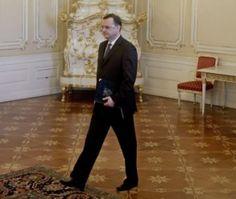 Petr Necas dimite como primer ministro de la República Checa tras escándalo de corrupción