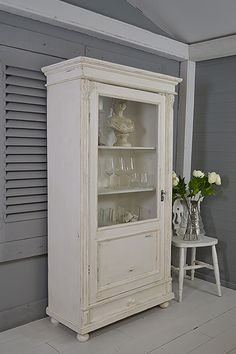 #letstrove Love a white interior? This Linen Cupboard is fresh but still has plenty of character. We've painted in Farrow and Ball All White inside and out and heavily distressed and aged with dark wax for a rustic look. https://www.thetreasuretrove.co.uk/cabinets-and-storage/rustic-single-door-dutch-linen-cupboarddisplay-cabinet #shabbychicfurniture #farrowandballallwhite #vintagefurniture