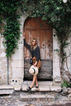 Outfit del día: Tourist outfit, Look para turistas Anteriormente hemos vistos look para ir de viaje a ciertos paises siempre con glamour....