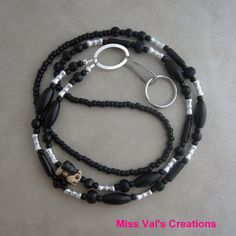 Monkey lanyard for your ID badge, keys, transportation pass and more! - missvalscreations. #lanyard #monkey